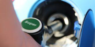 Truffe benzina, distributori di carburanti irregolari, Codacons, 'Rendere noto l'elenco'