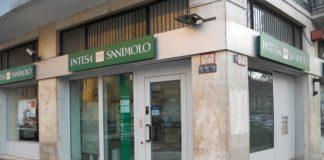 Intesa Sanpaolo spiazza il mercato con un solido utile netto