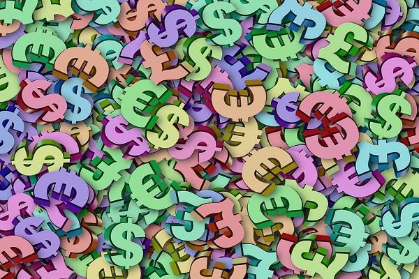 Trading Forex EUR-USD, il forte ipervenduto non arresta la discesa
