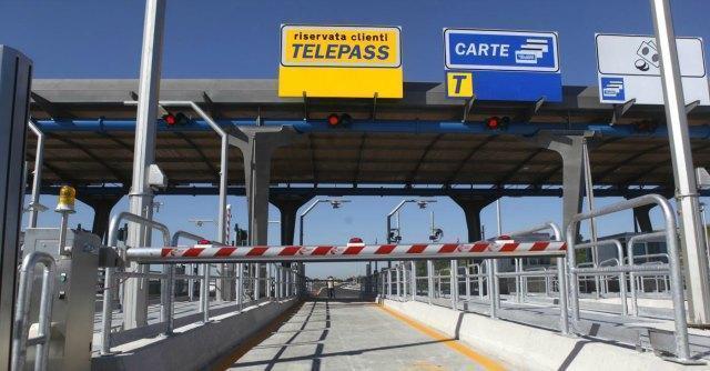 Pedaggi autostradali rincari 2017 Italia: aumenti in Lombardia e Piemonte, nuove tariffe