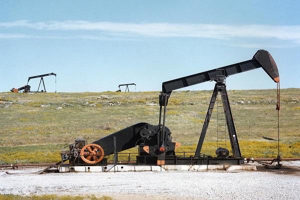 Prezzo petrolio 2017 sopra i 60 dollari Previsioni e rischi per l'inflazione