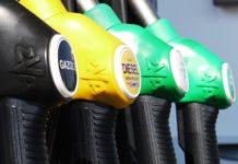 Prezzo petrolio febbraio 2017, analisi e previsioni dopo rapporto mensile Opec