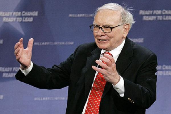 Warren Buffett scommette su Apple, Berkshire Hathaway raddoppia la propria quota