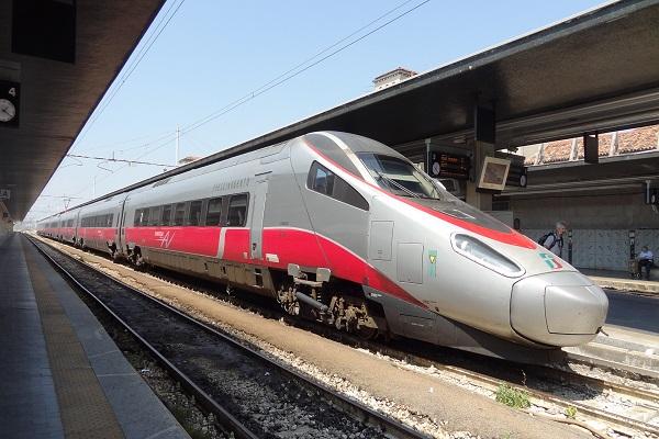Biglietti Trenitalia online con un semplice bonifico e nuovi servizi sui canali digitali