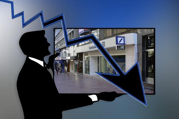 Prestiti banche alle imprese, credito concesso in forte calo negli ultimi cinque anni