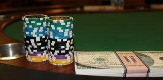 giocare poker hold em gratis