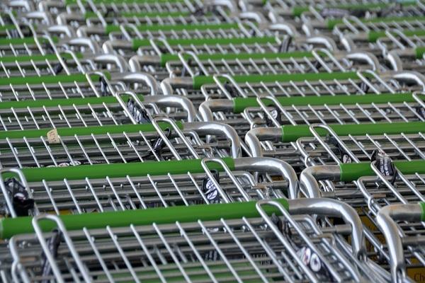 Dati Istat 2017 commercio, vendite al dettaglio in calo nel mese di febbraio
