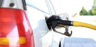 Ferragosto 2017, benzina e gasolio più cari per gli automobilisti