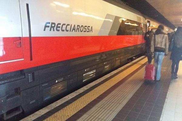 Treni Frecciarossa, novità mese di aprile 2017 per viaggiare con Trenitalia AV