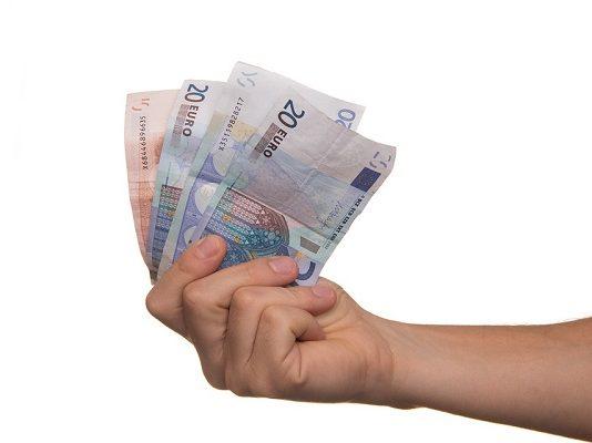 Chiedere un prestito, importo medio si consolida ad aprile 2017, Rapporto Crif