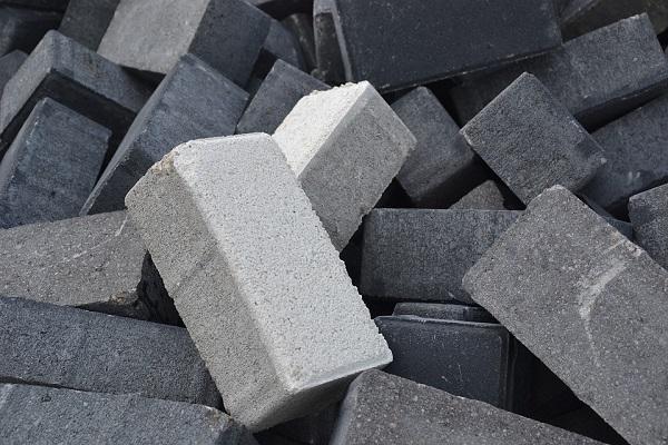 Intesa sui prezzi del cemento, maxi stangata dell'Antitrust a Colacem e Barbetti