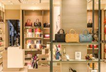 Sconti outlet e boutique alta moda, grandi numeri con i saldi invernali