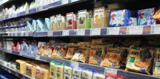 Fare la spesa al supermercato, un cibo su quattro rischia di essere falso